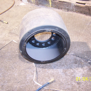 Rubber Tire Assembly For Supply Trailor